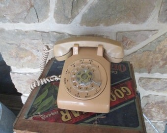Vintage Rotary Dial Telephone - Beige Desk Phone - Free Shipping