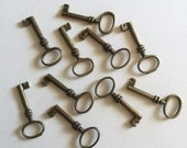 Antique Brass Skeleton Key Charms