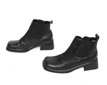 size 6.5 PLATFORM black leather 80s 90s CHELSEA CHUNKY pull on elastic ankle boots