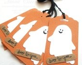 Handmade Halloween Tags - Halloween Party Favor Tags - Boo to You Halloween Gift Tags - Ghosts Tags  (Pack of 6)