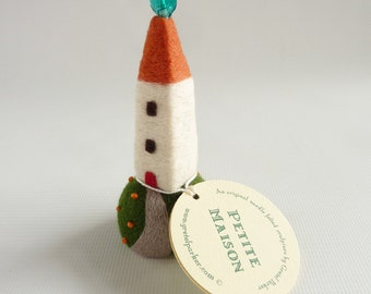Little needle felted house, made by Gretel Parker, needle felt house, tiny house,  felt house