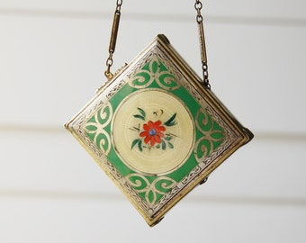 Vintage 1920s Compact Purse Wrist Chain for Dancing Antique Yellow Guilloche and Green Enamel Sterling Top Rouge Face Powder Art Deco