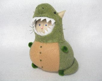 T-rex cat, Cute felt pincushion, Dino cat, Funny cat gift, For dinosaur lovers, Stuffed dino, Cat in costume, T-rex decor, Cat art doll