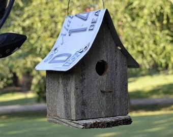 Rustic Birdhouse - Primitive Birdhouse - License Plate Birdhouse - Recycled Birdhouse