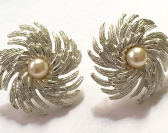 Sarah Coventry Silver Tone Pinwheel Clip Style Vintage Designer Signed Earrings with White Pearl
