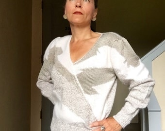 Vintage Sweater Pull Over 1980's