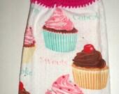 Pink Cupcakes Hanging Towel - Crochet Top Towel - Pink Cupcake Kitchen Towel - Hanging Dish Towel - Desserts Towel - Cupcake Kitchen Towel