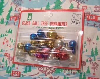 glass ball tree ornaments