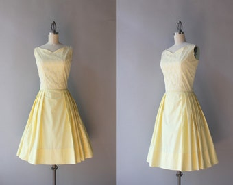 1960s Dress / Vintage 60s Lace and Cotton Pleated Sweetheart Dress / Sunshine Yellow 1960s Party Dress