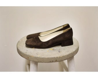 1990s Brown Suede Block Heel