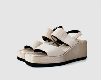 1990's Taupe Brown Velcro Slingback Platforms