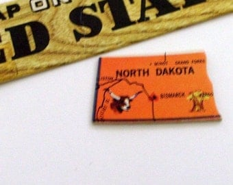North Dakota Brooch - Pin / Unique Wearable History Gift Idea / Upcycled Vintage 1961 Wood Puzzle Piece / Timeless Gift Under 20
