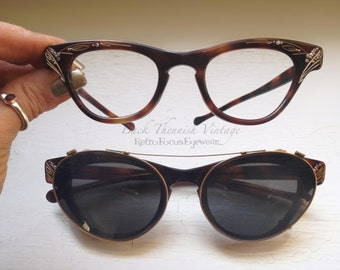 Rare 50's Duo Rhinestone Cat Eye w Fitted Clip on Sunglasses Eyewear Tortoise Eyeglass Frames Back Thennish Vintage