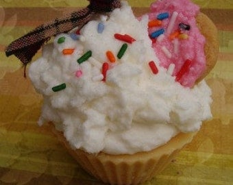 Sugar Cookie Cupcake Candle