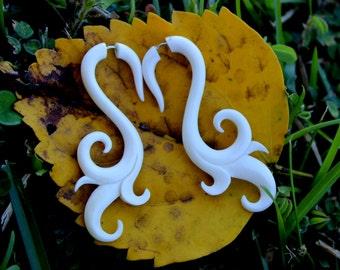 Fake Gauge Earrings, Anela Hand Craved ,Natural White Bone, Split Gauge Earrings, naturlly,tribal,oraganic