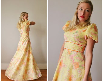 1960s Wildflower Dress~Size Extra Small to Small