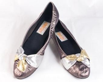 VTG 80's Shiny Metallic Ballet Flats size 7 1/2 Womens Silver Gold Fabric Flats Slip Ons Vintage Shoes