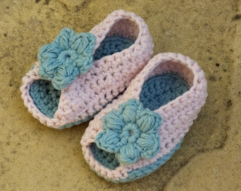 Crochet Pattern Baby Shoes Booties Sandals - Open Toe Baby Sandals - (4 Sizes 0 - 12 mths)