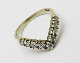 Vintage Sterling Rhinestone Ring Chevron Band Jewelry R7226