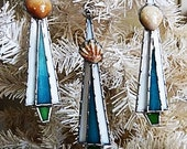 Stained Glass Christmas Tree Seashell Ornament Set of Three Teal by Miloglass