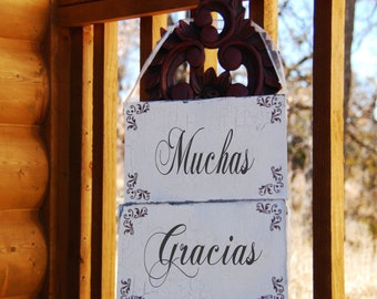 Muchas Gracias Wedding Signs - Cottage - SPANISH Photo Props set of 2 -  12x6 each