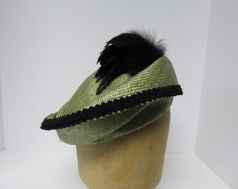 Women's lime green with black trim free form parasisal straw hat
