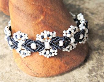 Blue and White Hydrangeas Beaded Macrame Bracelet - Micro Macrame Bracelet - Macrame Bracelet - Navy Bracelet - Blue Bracelet