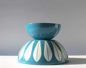 "Vintage Cathrineholm Sky Blue Enamelware Bowl, 5 1/2"""