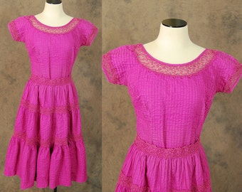 vintage 50s Mexican Peasant Dress - 1950s Fuchsia Pintucks and Lace Circle Skirt and Shirt - Mexican Squaw Patio Skirt Set Sz M