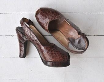 Marquisa snakeskin platform heels | vintage 1940s platforms | brown snakeskin peeptoe 40s heels 6.5