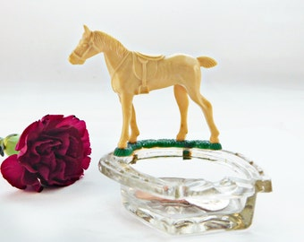 Vintage Lucky Horseshoe Ashtray with celluloid Race Horse, ring dish / Catch all , 1930/40s, Race Track collectible , Triple Crown