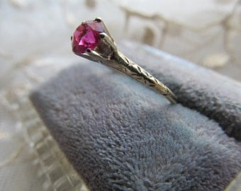 Danusharose Vintage Victorian Engraved Raspberry Flame Fusion Ruby OEC 10K yellow Gold Engagement Ring  Fine Jewelry Report