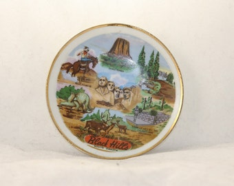Vintage Thrifco 1950s Black Hills South Dakota mini collector plate