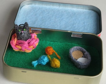 Black Cat miniature felt plush play set in Altoid tin with Black cat  - includes balls of yarn, play food and basket