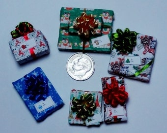 Six Assorted Miniature Christmas Packages set XP117