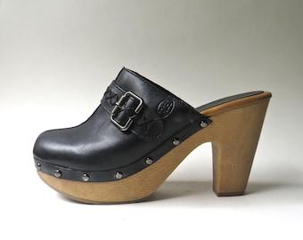 90s vintage Ruff Hewn Black Leather Chunky Heel Platform Clogs