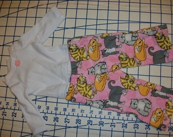 Doll sleepwaer outfit for 18 inch dolls white shirt with kitty pants