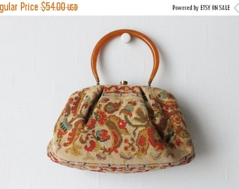 SALE Needlepoint Handbag / Tapestry Handbag / 1950s Purse / Finch