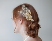Bridal hair comb, Pearl crystal baby's breath with gold leaves, dramatic yet delicate wedding hair floral spray, wire wrapped beaded comb