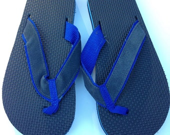 1980s Flip Flops Vintage Sandals Blue Black Stripe Foam 80s Eighties Thick men's size S