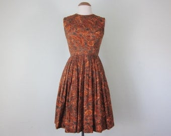 60s rust floral print sleeveless fitted waist full skirt cotton dress (xs - s)