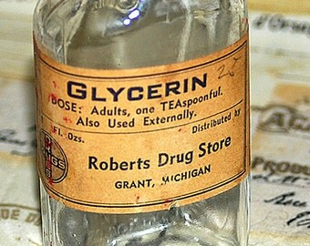 GLYCERIN... antique medical bottle c. 1965, apothecary, pharmacy, display, home decor, coolvintage, photography prompt, 2018