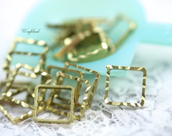 Square Ribbed 8x8mm Brass Rings links or connectors - 100