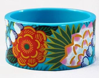 1987 Avon Tropical Beauty Turquoise Plastic Bangle Bracelet