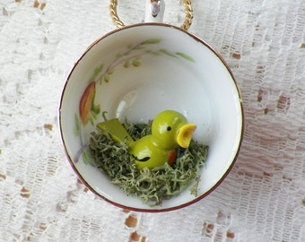 Vintage Miniature Vintage Wooden Bird in Moss Nest / Tiny Little Teacup Necklace / Pendant, Upcycled, Mixed Media, Occupied Japan, Diorama
