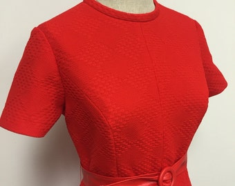 1970s Casual Day Dress - Red Aline - By It's a Leigh Dress - Geometric Texture - Secretary Dress - Solid Color Dress Retro Hipster - 38 Bust