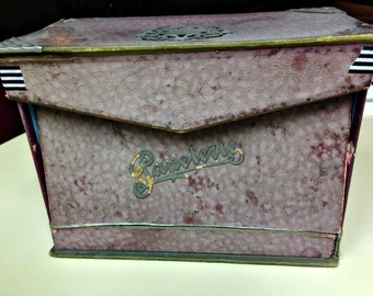 Vintage French box, French stationary box Paperie box, box with ink blotter, French paper box, shabby French box, desktop box, antique box