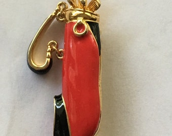 Vintage E Pearl Red Enamel Golf Bags Clubs Pin