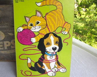 Vintage 1987 Pet Friends Puppy Kitten Playing Yarn Wood Tray Frame Puzzle
