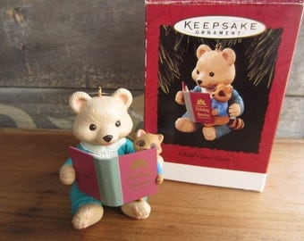 1994 Hallmark Child Care Giver Bear Racoon Story Time Keepsake Ornament